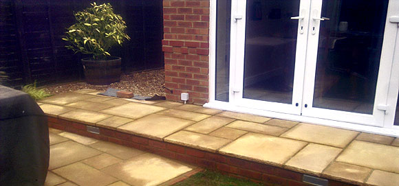 We are experts in garden paving and patios
